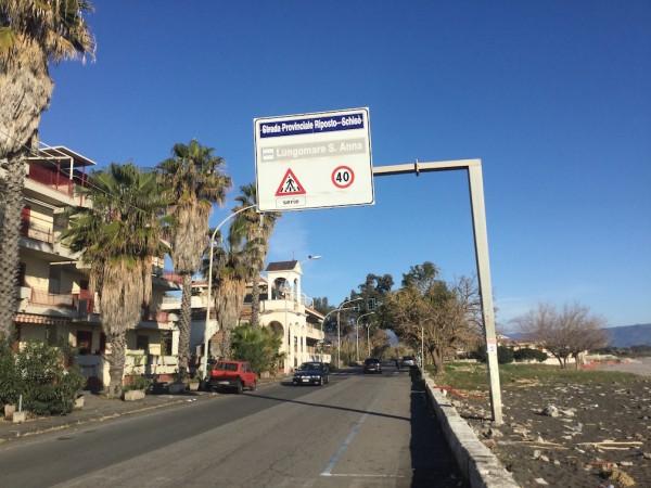 Fondachello e Sant'Anna divieto di accesso nelle spiagge libere nelle notti di San Lorenzo e Ferragosto