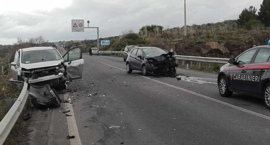 Catania, incidente mortale sulla strada statale 284 $