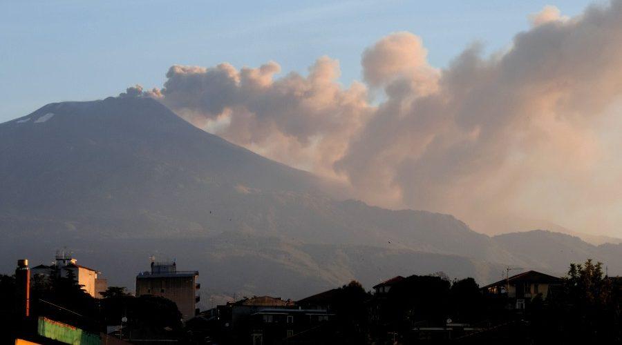 Etna, nuova fase eruttiva