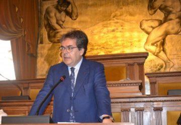 Catania, dissesto al Comune interdittiva legale per 10 anni a Enzo Bianco