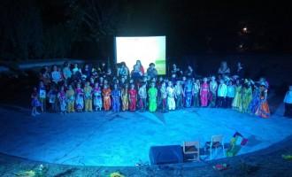 Giarre, manifestazione della scuola dell'infanzia del I Istituto comprensivo incanta il pubblico