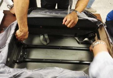 Catania: in volo con 3 kg eroina. Manette per una donna
