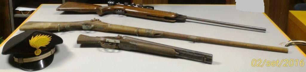 Blitz nelle campagne di Adrano: sequestrate armi e munizioni. Un arresto