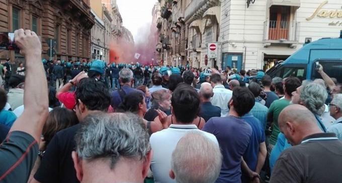 Catania: scontri fra Polizia e manifestanti a villa Bellini