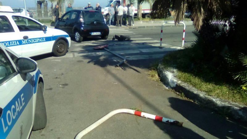 Riposto incidente nei pressi della pescheria due feriti - Incidente giardini naxos oggi ...