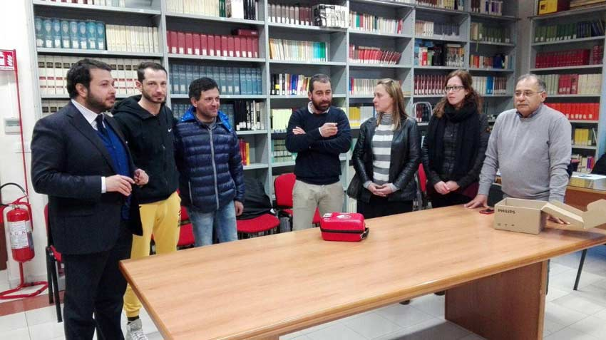 Santa Venerina: donati due defibrillatori alle associazioni sportive del territorio