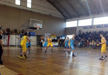 Finale play-off: il Basket Giarre vince la gara 1 contro Cestistica Torrenovese per 75-60