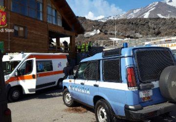 Etna, 10 feriti per esplosioni dal cratere a quota 2700 VIDEO