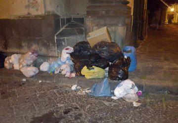Acireale, il Consiglio comunale approva l'istituzione delle guardie ambientali anti sporcaccioni