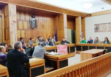 Giarre, analisi del dissesto. Domani seduta urgente del Consiglio con la relazione della Terza Commissione