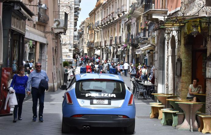 """G7 Taormina, ricognizione del ministro degli Esteri, Alfano: """"Grande giorno per la Sicilia"""""""