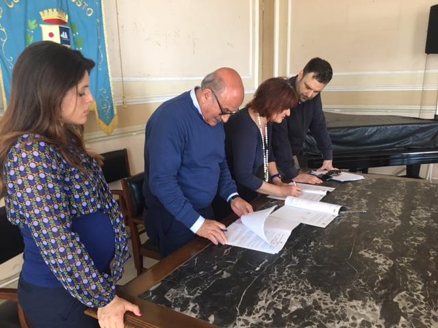 Riposto, alternanza scuola lavoro: firma della convenzione al Comune
