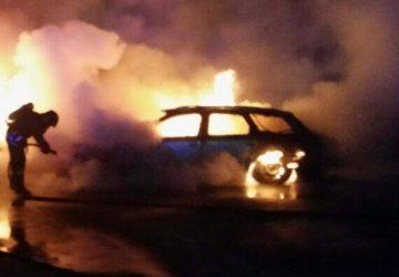 Mascali, a fuoco autovettura in via San Giuseppe