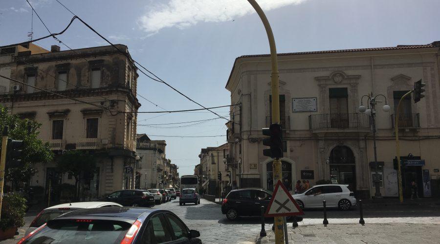 Giarre, semafori piazza Duomo si sblocca l'impasse?