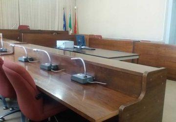 Mascali: in Consiglio comunale solo schermaglie tra i gruppi consiliari