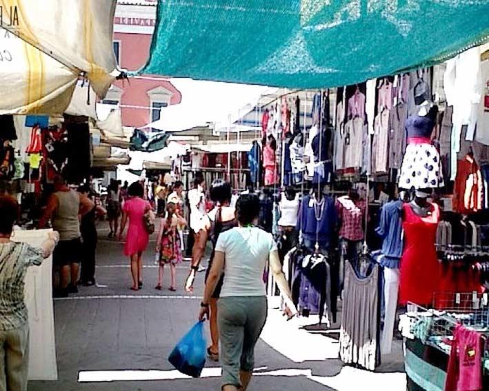 """Giarre, da domani riparte in """"sicurezza"""" il mercato del giovedi"""