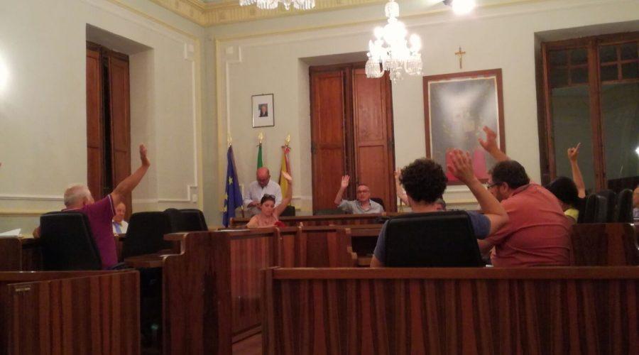 Riposto, il Consiglio Comunale approva il bilancio consuntivo 2016