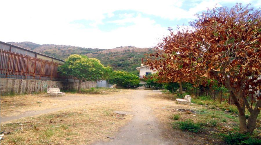 "Francavilla di Sicilia: una piazzetta ""fantasma"" in contrada Barilaro"