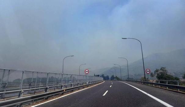 Incendi area jonica, a rischio emergenza urgenza senza pronto soccorso a Giarre