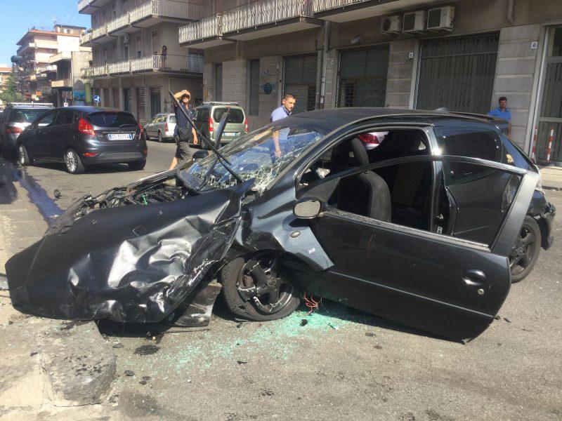 Giarre grave incidente in via cairoli interviene elisoccorso video - Incidente giardini naxos oggi ...