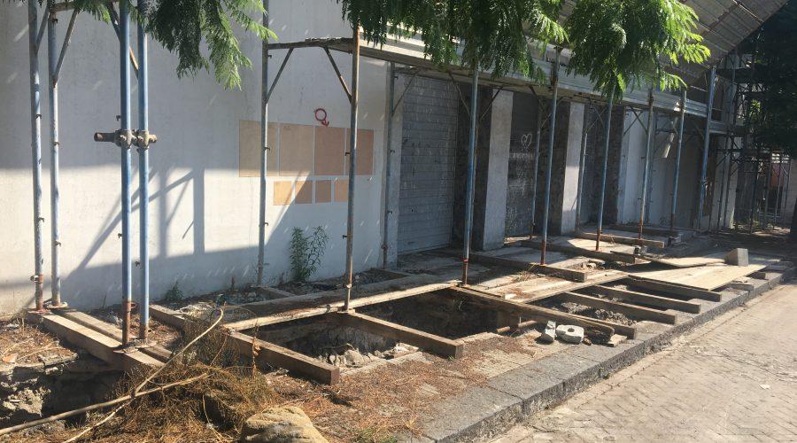 Giarre, teatro incompleto: immobilismo della burocrazia e fallimento della città