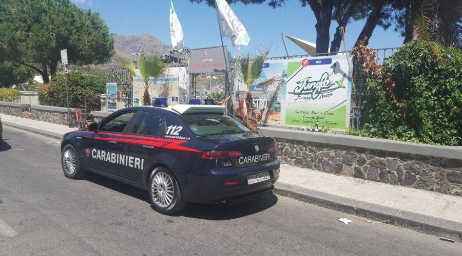 Giardini, in piena notte tentano di svaligiare il Lido di Naxos: arrestati in sei