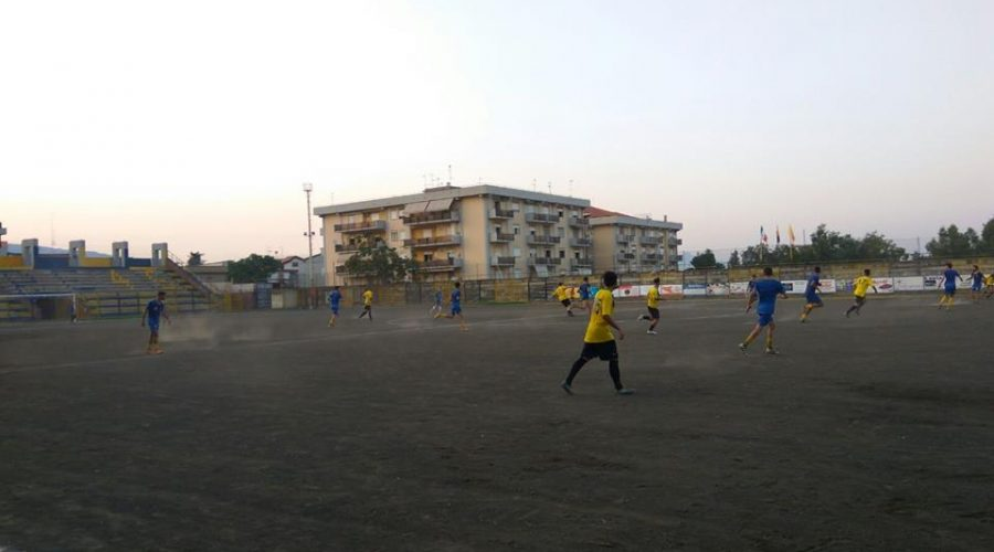 Giarre 1-1 Aci S. Antonio. I gialloblù pareggiano nella prima amichevole casalinga