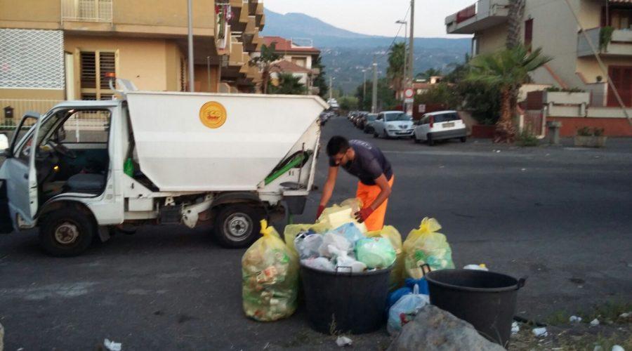 Mascali, bonifica post Ferragosto: barbari seriali, altro che vacanzieri