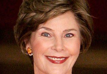Riposto, ex first lady Laura Bush in visita nel nostro territorio