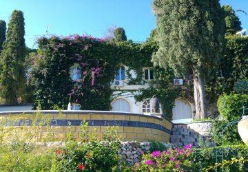 """Taormina torna a """"sognare"""" con la riapertura della mitica Villa Guarnaschelli"""