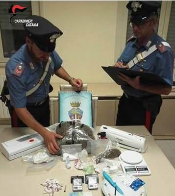 Calatabiano, beccati con due kg di droga: quattro arresti
