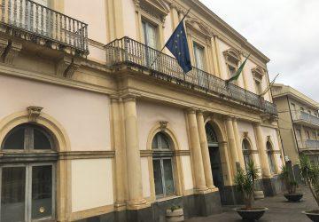 Giarre, resa dei conti in Giunta. Data per imminente la revoca assessoriale a Piero Mangano