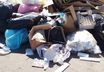 Giarre e le inefficienze della raccolta dei rifiuti: lettera di un lettore