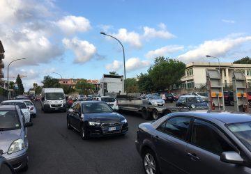 Giarre, riapertura scuole: riemergono le criticità del traffico