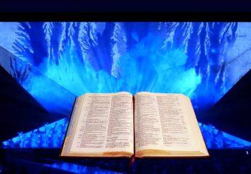 """A Catania la spettacolare Bibbia multimediale delle """"Voci del Deserto"""""""