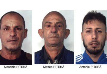 Protetti da telecamere e pitbull spacciavano cocaina a Catania: arrestati