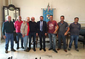 Riposto, delegazione di pescatori in Municipio: il comparto è in crisi VIDEO