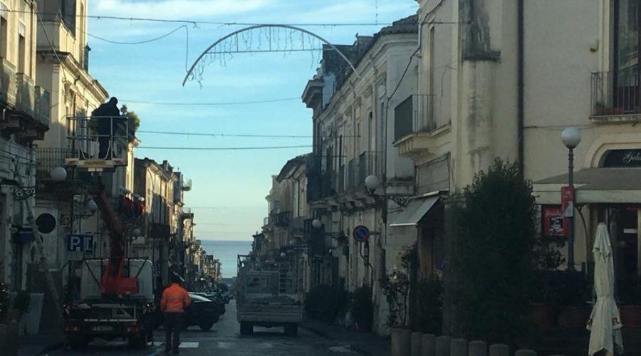 """Giarre, Natale austero e quella casa di """"BabboTopolino"""" in via Marano"""