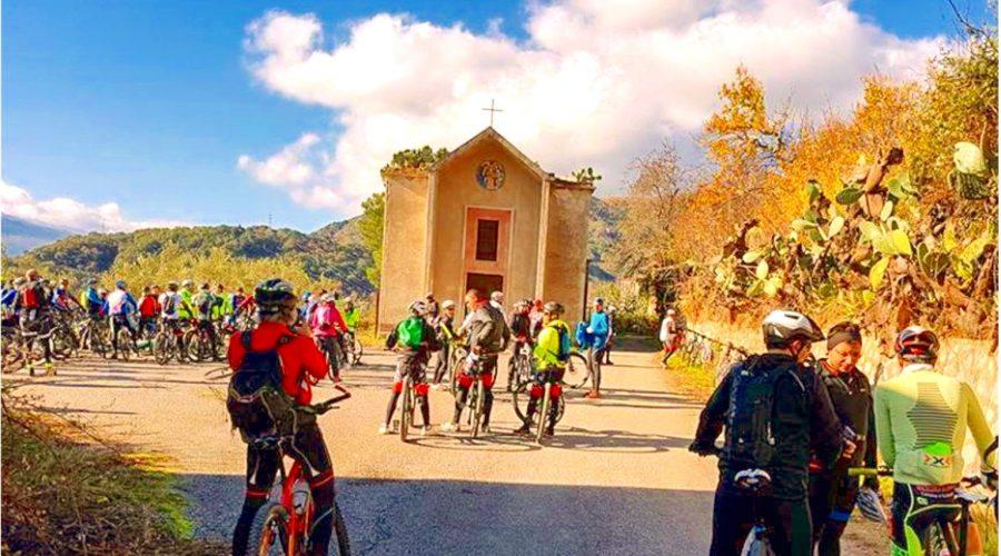 """Francavilla di Sicilia: in mountain bike alla scoperta dei """"villaggi fantasma"""""""