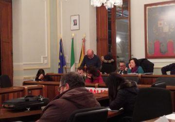 Riposto: in Consiglio Bergancini e D'Aita costituiscono un nuovo gruppo. Stasera prosegue la seduta, forse...