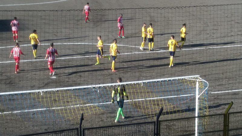 Il Giarre stende per 3-0 il San Pio X e aggancia la zona play-off