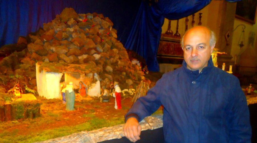A Riposto un maestro presepista che promuove il territorio: Orazio Quattrocchi