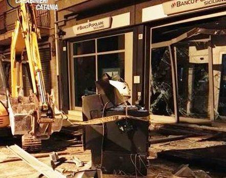 Sgominata banda specializzata in furto di bancomat: 9 persone arrestate tra le province di Catania e Siracusa VIDEO