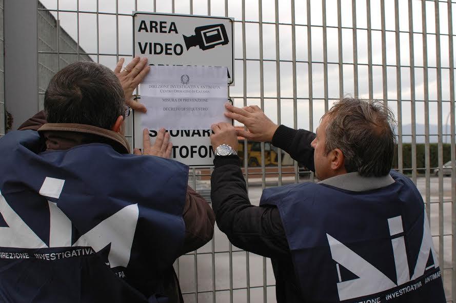 """Aziende confiscate alla mafia: da """"Cosa nostra"""" a """"Cosa loro""""?"""