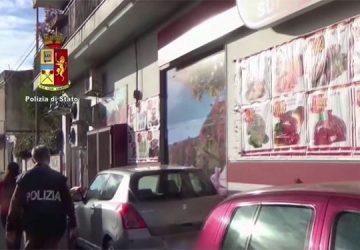 """Colpo al """"cuore"""" finanziario dei Cappello: sequestrati beni per 41 milioni di euro. Sigilli a 13 supermercati VIDEO"""