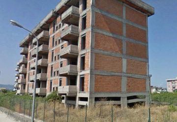 Giarre, alloggi incompiuti di via Trieste: a breve i cantieri. Il plauso di Fratelli d'Italia