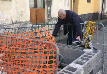 """Giarre, sopralluogo """"solitario"""" del nuovo assessore Di Rao in via Ariosto in vista della riapertura, dopo tre anni, della strada"""