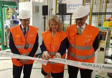 Catania, al via la nuova produzione della fabbrica 3Sun per la realizzazione di pannelli fotovoltaici bifacciali