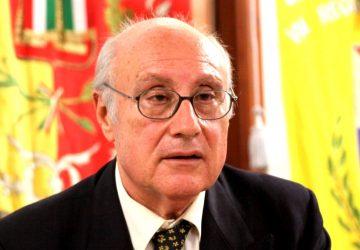 Francavilla di Sicilia saluta l'illustre concittadino magistrato Enzo Romano