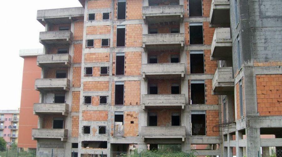 Giarre, alloggi incompiuti via Trieste: via libera definitivo al progetto di completamento
